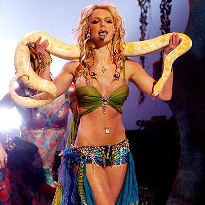 Britney Spears I'm A Slave 4 U Snake VMAs