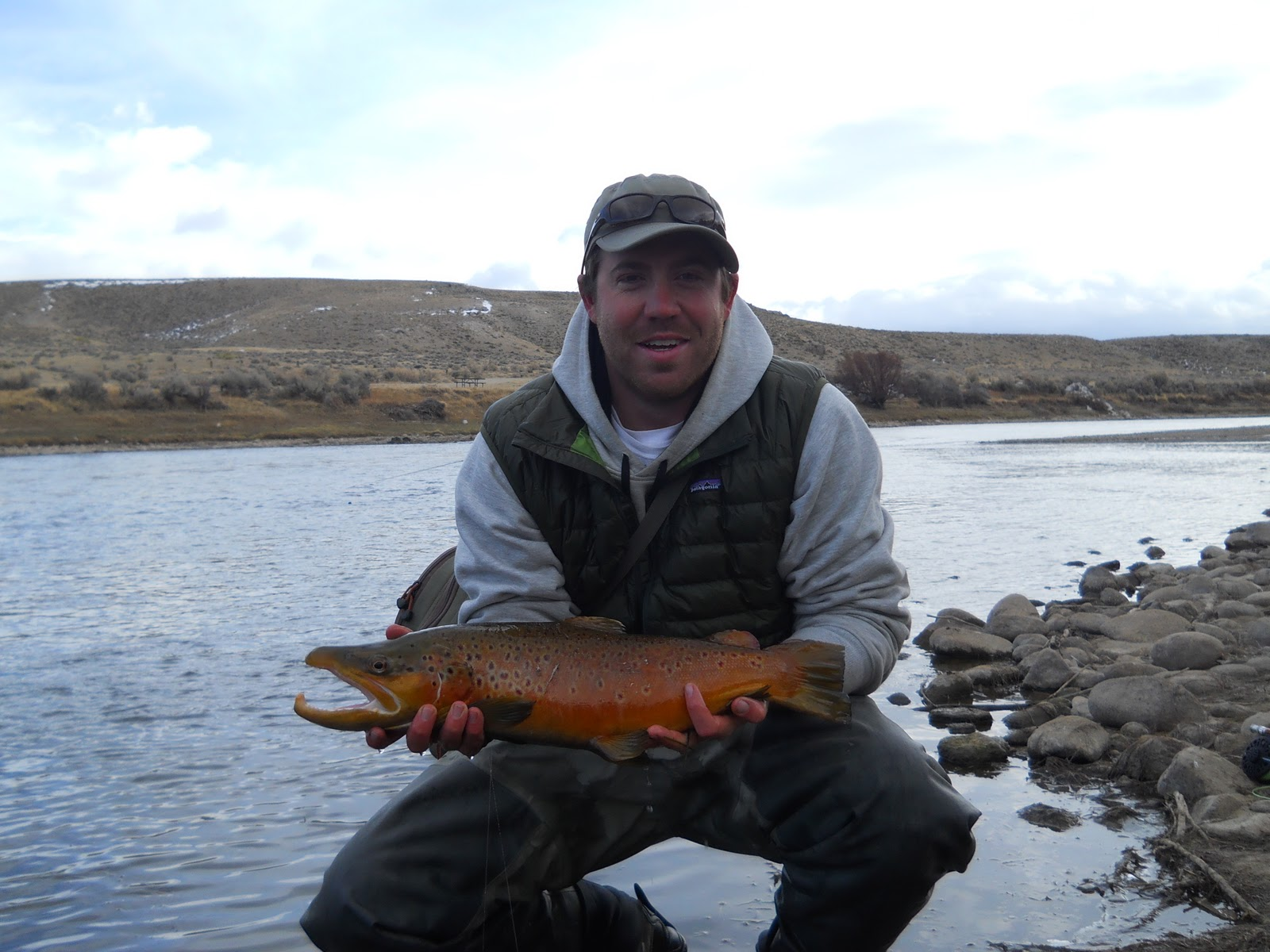 Addictive angling colorado awesome weekend at the miracle for Miracle mile fishing