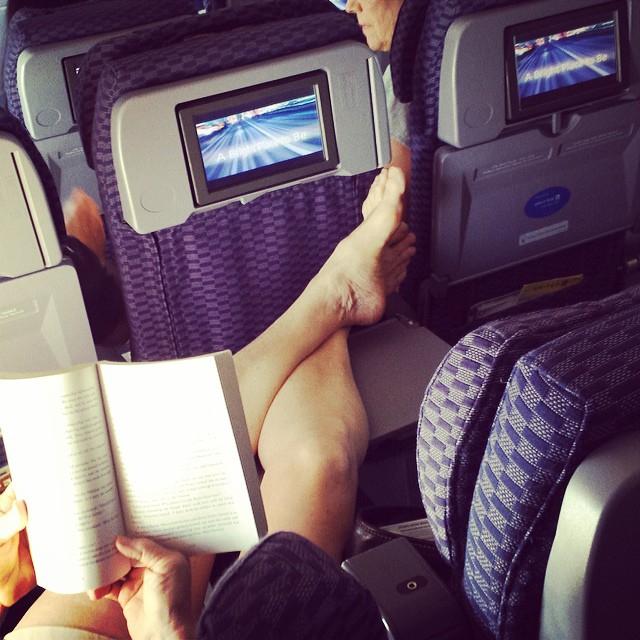 kelakuan dan tingkah penumpang pesawat yang memalukan-26
