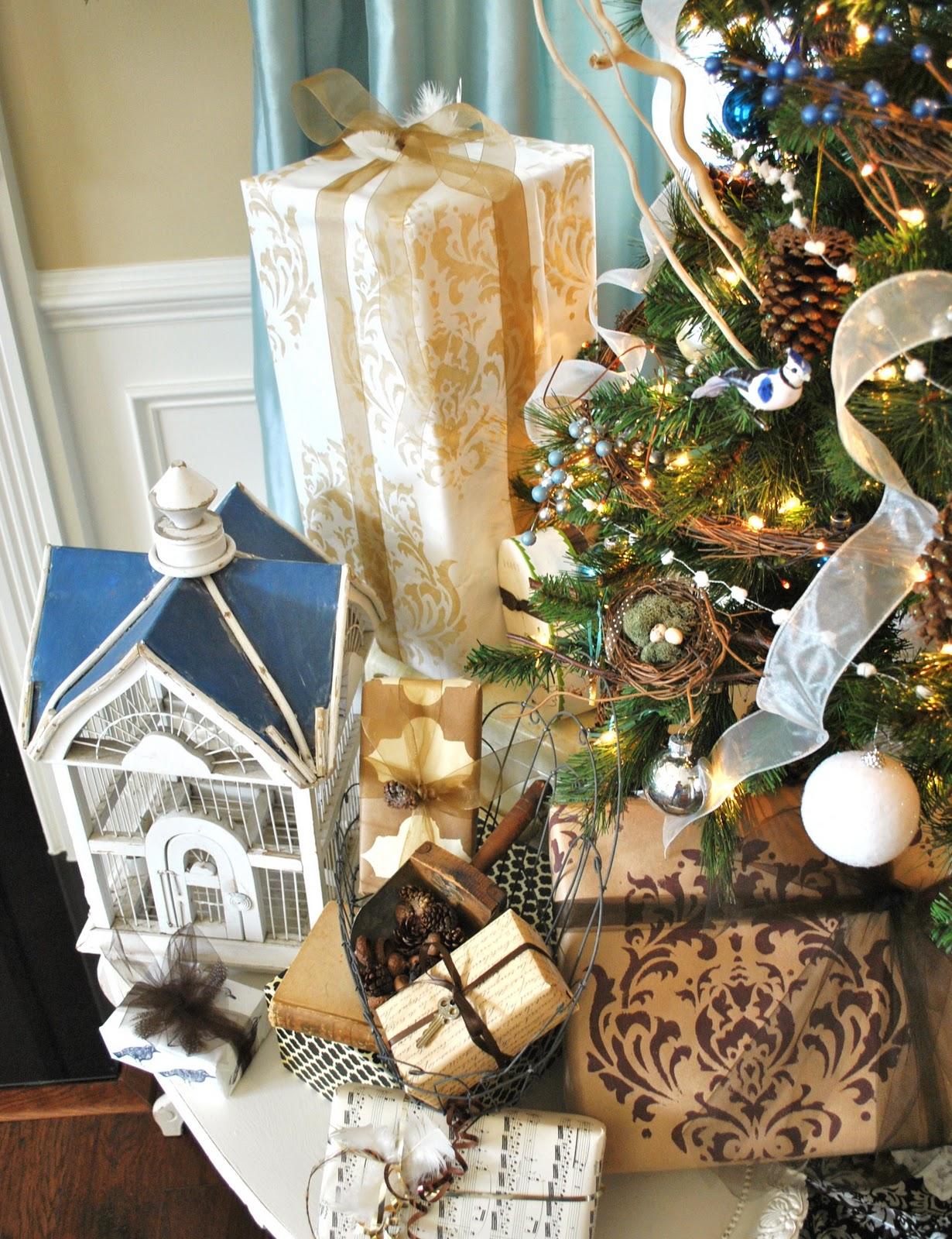 http://3.bp.blogspot.com/-zfpF9lksZa4/TuAmu9yjPPI/AAAAAAAABUQ/YiTnUpQXcoM/s1600/Assorted+gifts+2.JPG
