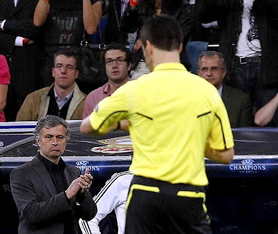 Mourinho and Stark in a Champions League match