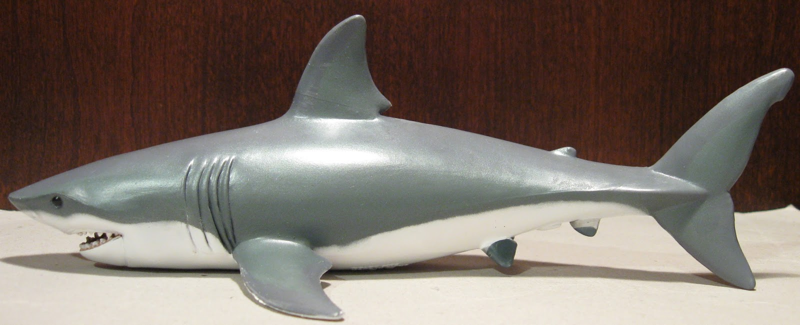 Cool Shark Toys : The toyseum great white shark papo figure