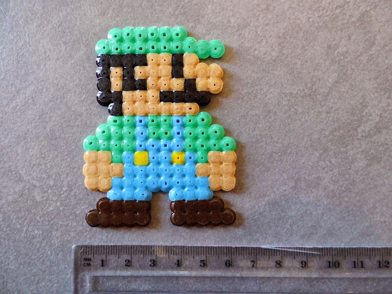 pixel art en perle hama personnage jeux video en hama beads. Black Bedroom Furniture Sets. Home Design Ideas