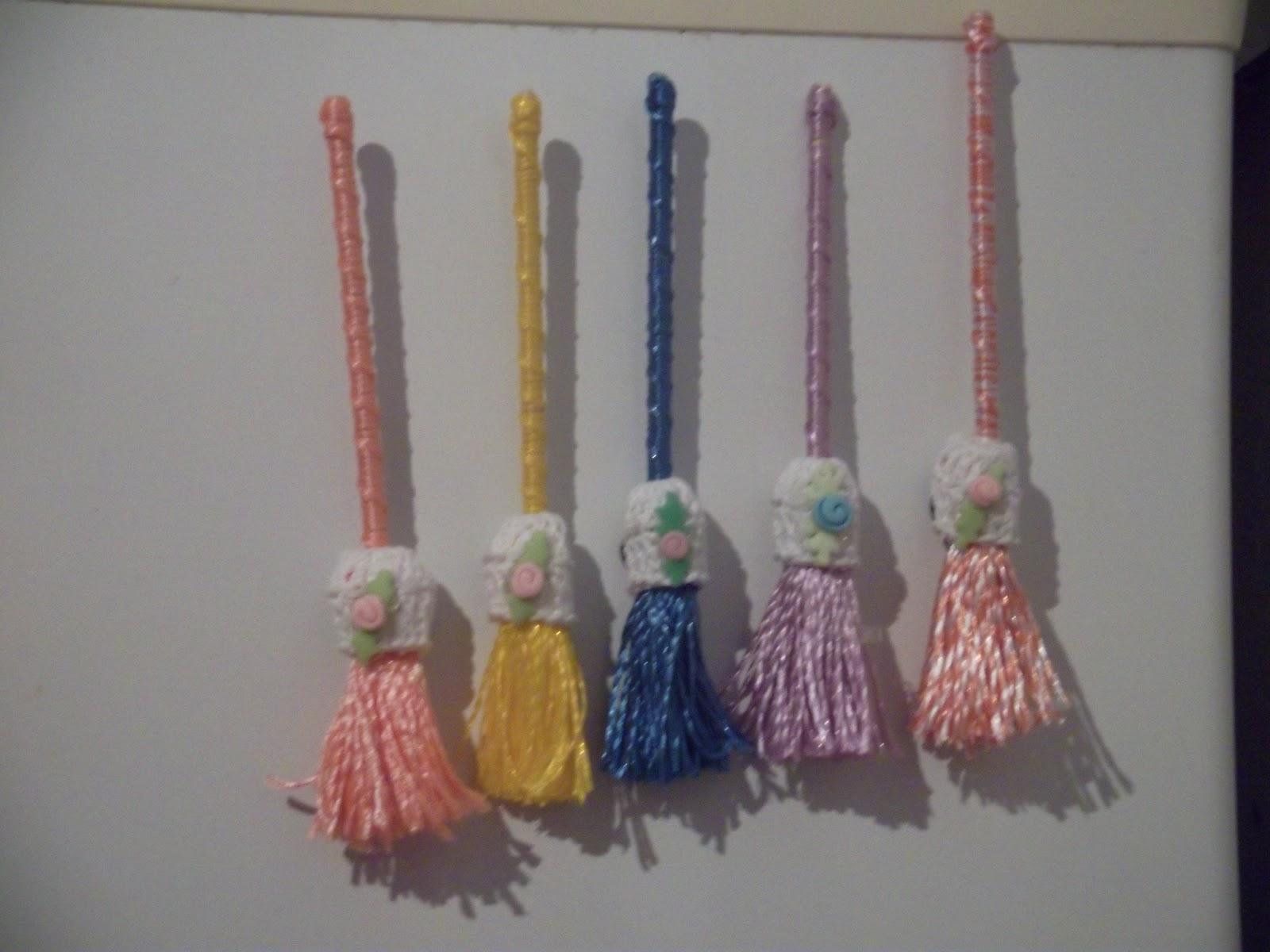 Qual O Correto Artesanato Ou Artesanato ~ croche, bordado, artesanato em geral vassourinhas