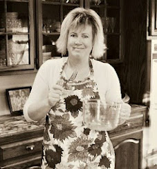 Meet the innkeepers/blogger