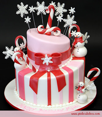 wedding cakes with candy canes candy cane cakes cheap Christmas wedding