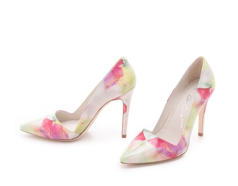http://www.shopbop.com/dina-watercolor-print-pump-alice/vp/v=1/1593758908.htm?folderID=2534374302112441&amp;fm=other-shopbysize&amp;colorId=10917