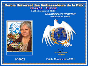 Delasnieve Daspet recebe Certificat Honneur et Mérite du Cercle Universel des Ambassadeurs de la Pa
