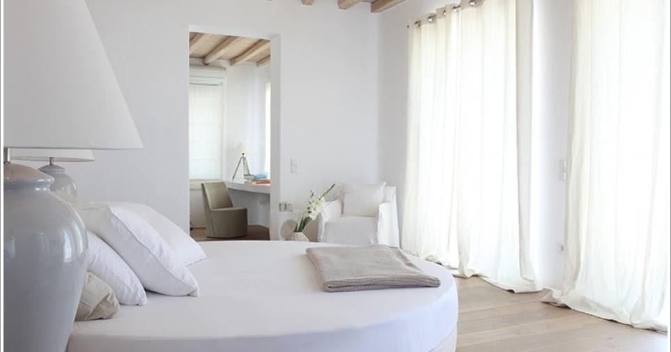 d coration de la maison interieur maison grecque. Black Bedroom Furniture Sets. Home Design Ideas