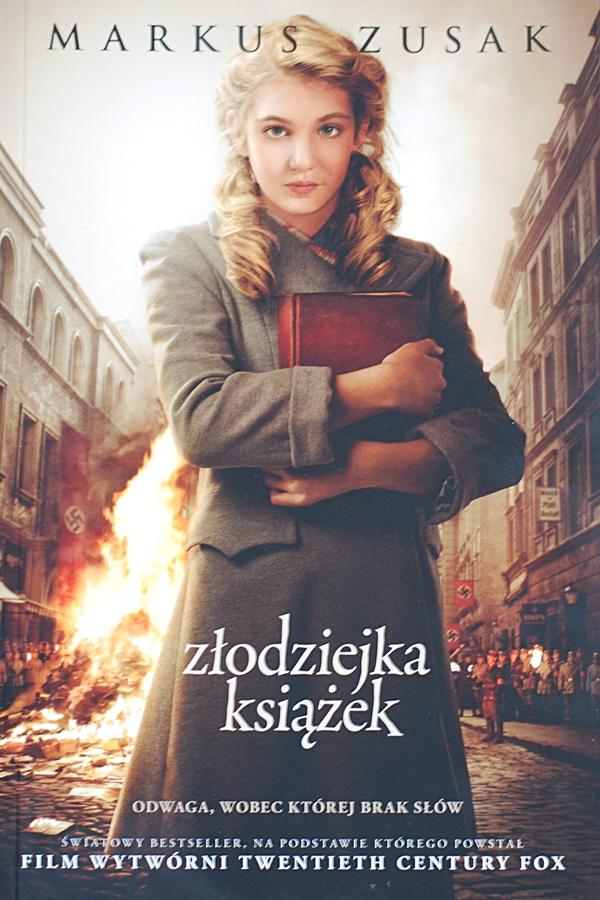 """Markus Zusak """"Złodziejka książek"""""""