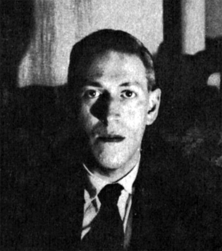 a look into works of hp lovecraft Diary of hp lovecraft: 1937 written january-march 1937, published 1987 a life (pp 640-641): much of lovecraft's work is in the public domain.