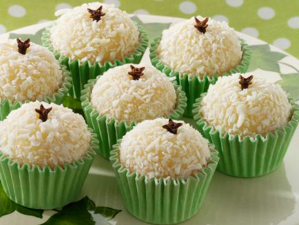 Beijinho de Coco (little coconut kiss) recipe