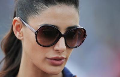 Nargis Fakhri Spotted at IPL Match to support Delhi Daredevils team