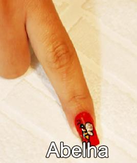desenho nas unhas abelha pronta