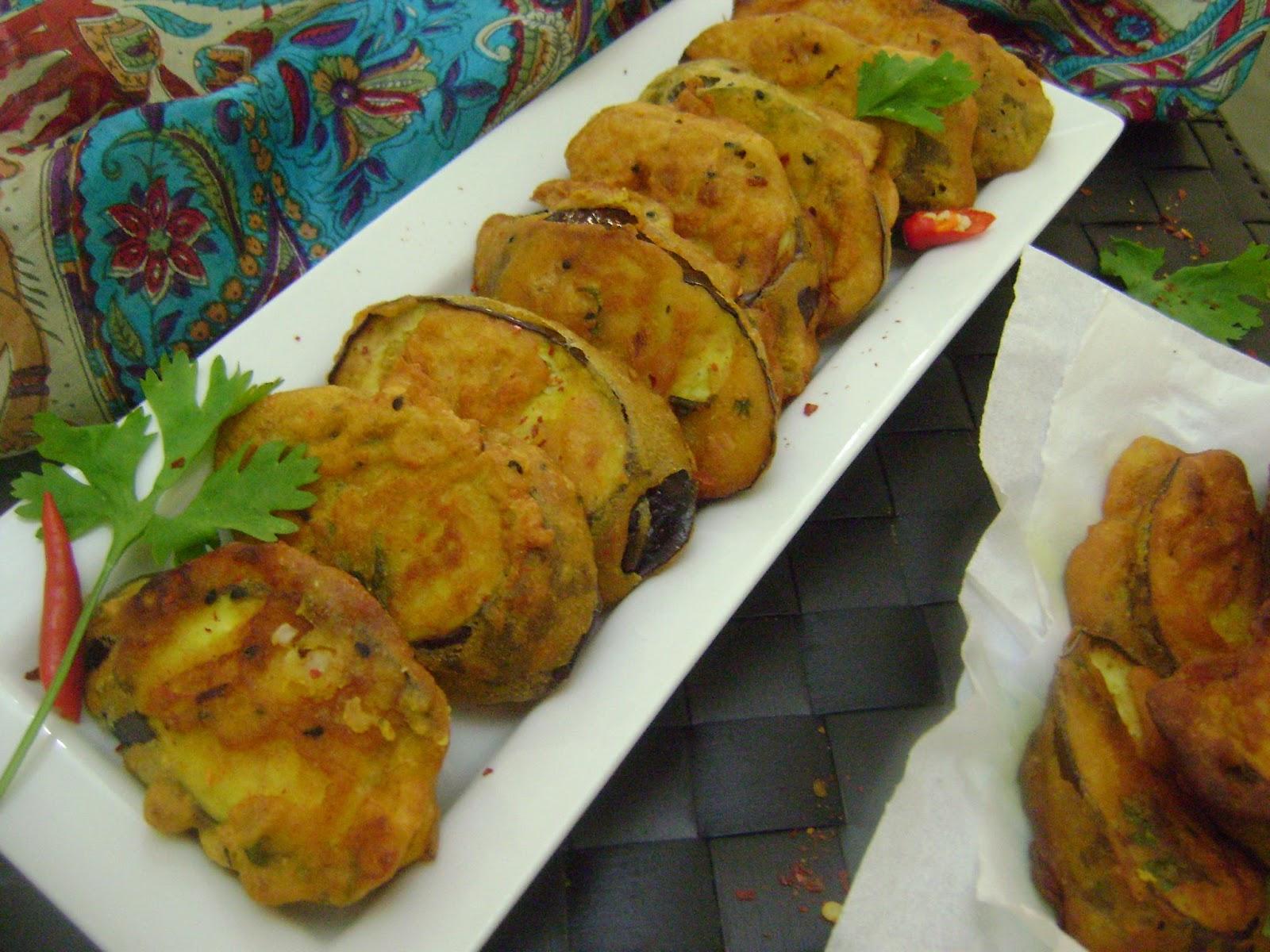 ... Kitchen Flavours: Beguni (Batter Fried Eggplant - Bengali Style