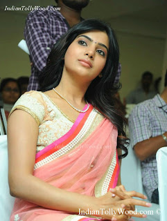 Samantha Cute Saree Photos