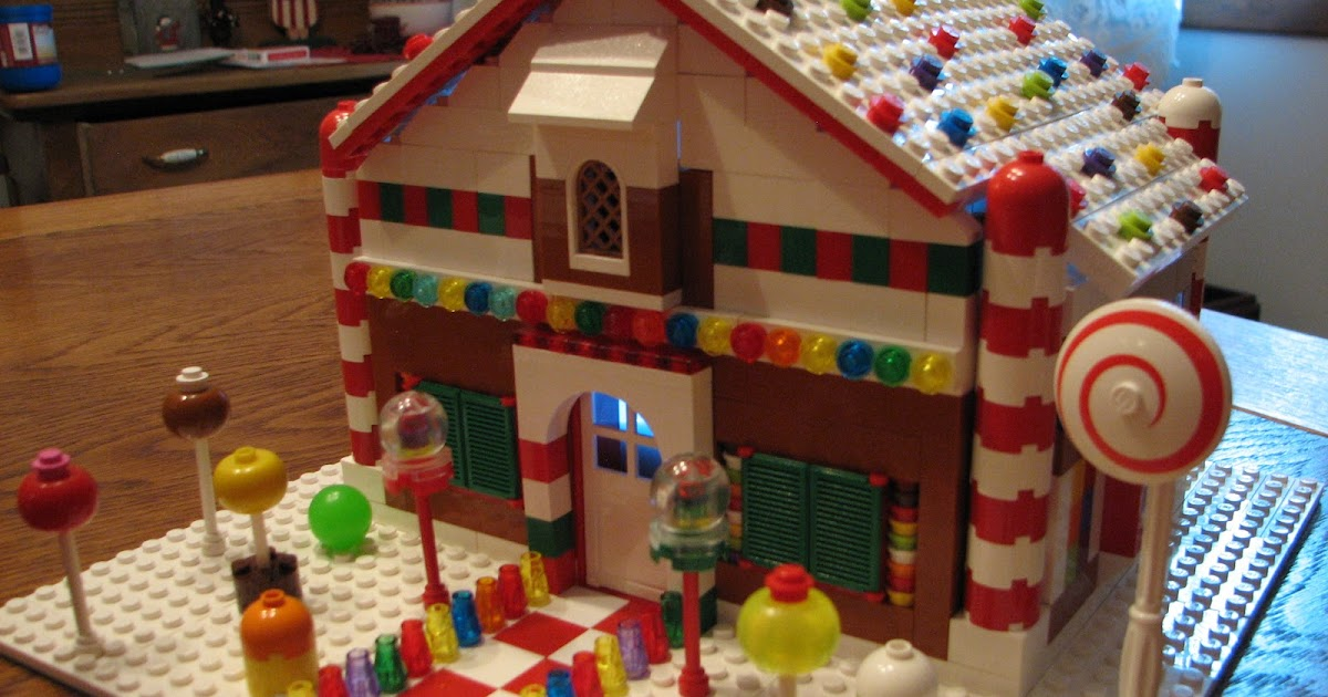 "Gen Y-er On The Loose: Lego Projects: ""Gingerbread House"" (2012)"