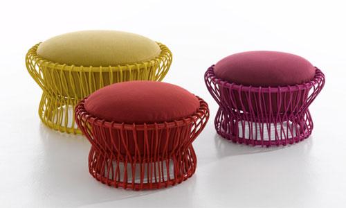 seekingdecor it 39 s all about the pouf. Black Bedroom Furniture Sets. Home Design Ideas