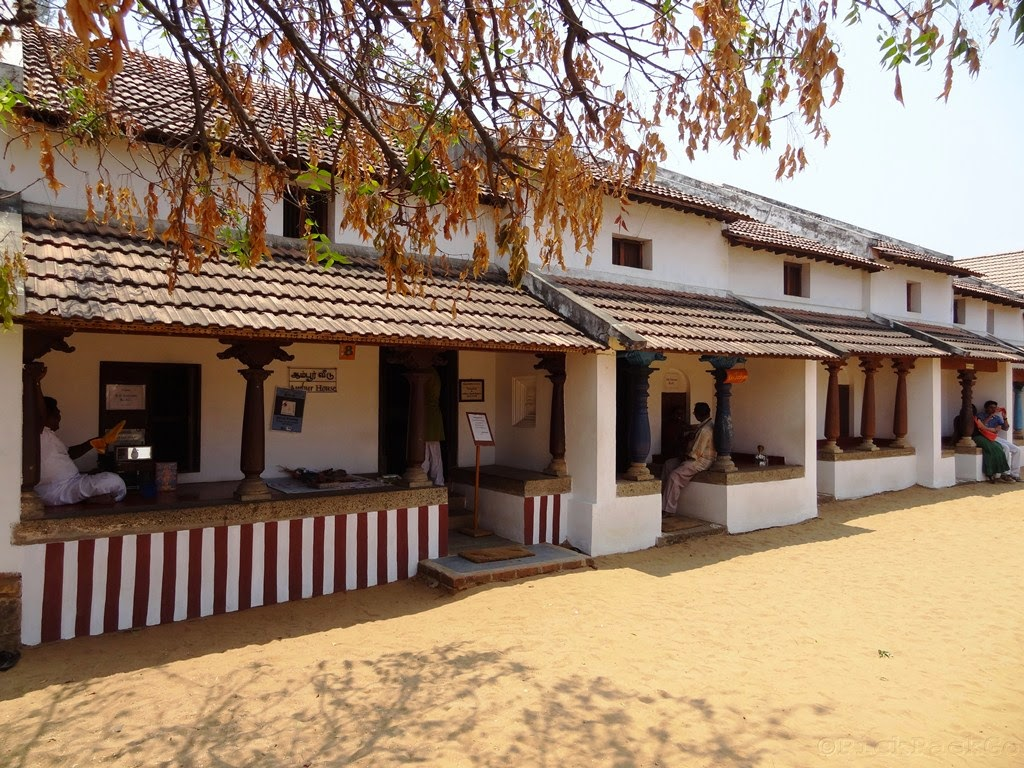 Dakshinachitra a glimpse of traditional homes from south for Traditional house plans in india