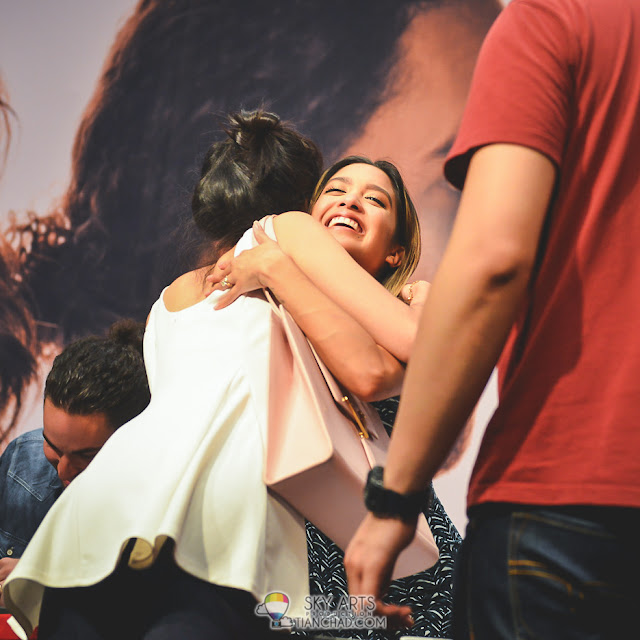 Did you manage to grab hugs from UsTheDuo the other night?