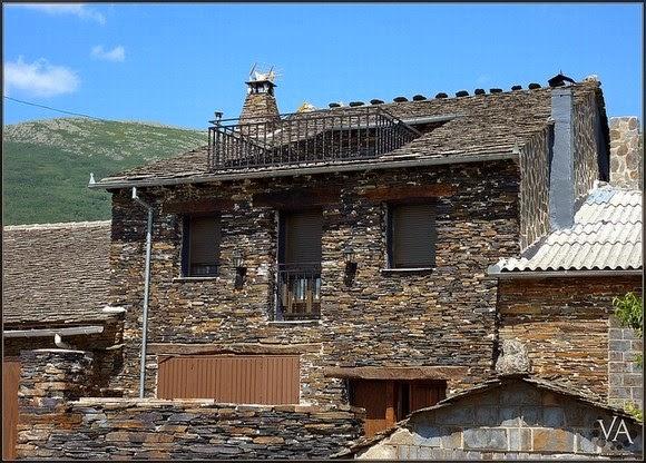 Fachadas de piedra fachadas de casas en piedra for Tipos de piedra para fachadas