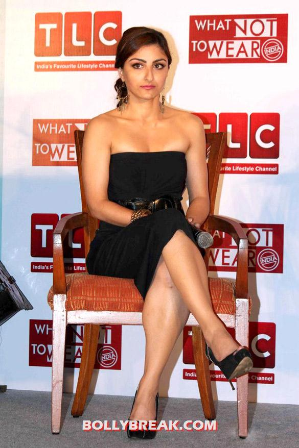 Soha Ali Khan in Hot Black Dress - Soha Ali Khan in Hot Black Dress Launches 'What Not To Wear - India'