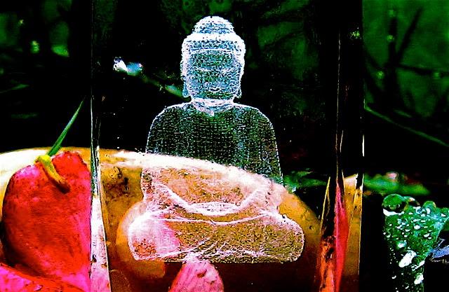 Beneficios de la meditación con luz blanca