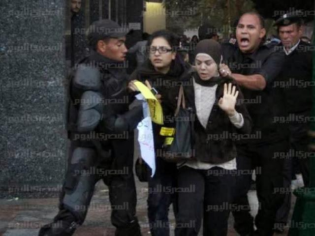بالفيديو لحظة القبض الفتاه التى تحدث عنها النشطاء الفيس اليوم,بوابة 2013 1480760_101520790220