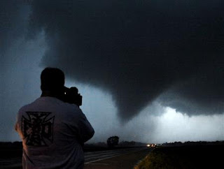 tornadoes pictures
