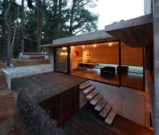 ... ke lantai terbuka yang terdiri dari ruang tamu ruang makan dan dapur