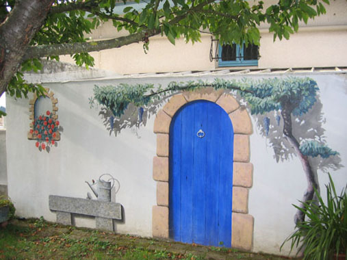 Mon jardin fleuri des peintures sur des murs en trompe l 39 oeil for Dessiner sur un mur peinture