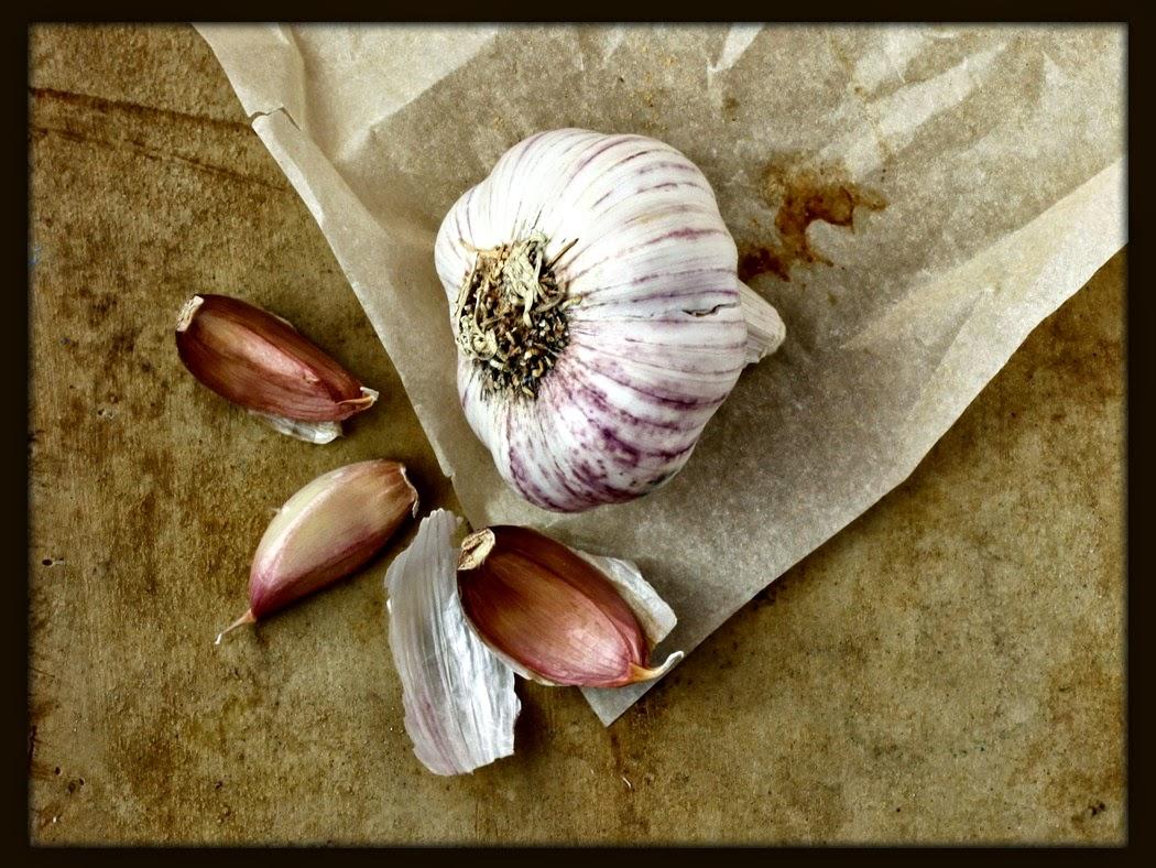 The life extension blog 6 surprising health benefits of garlic - Surprising uses for garlic ...