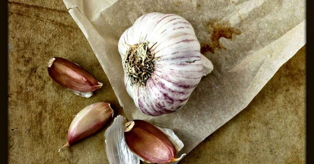 Lung Cancer Halved with Raw Garlic