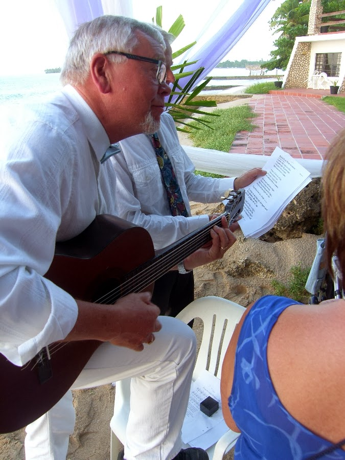 Your own vow renewal ceremony abroad
