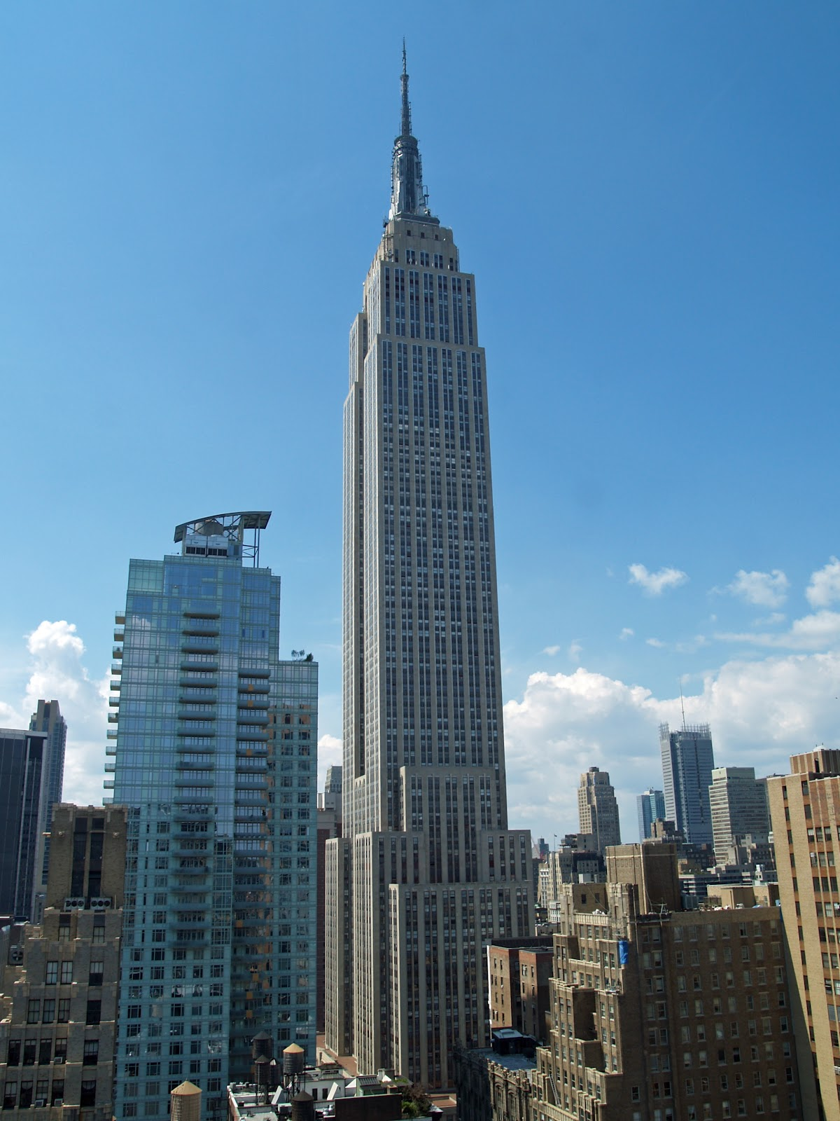 Tourist places around the world top tourist attractions for Attractions new york city