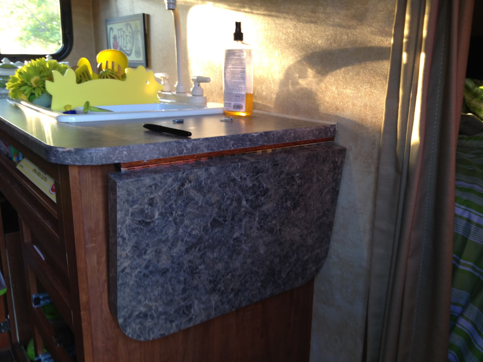 Hinged Counter Tops : My cool camping caravan adventures lady wendolyn jill
