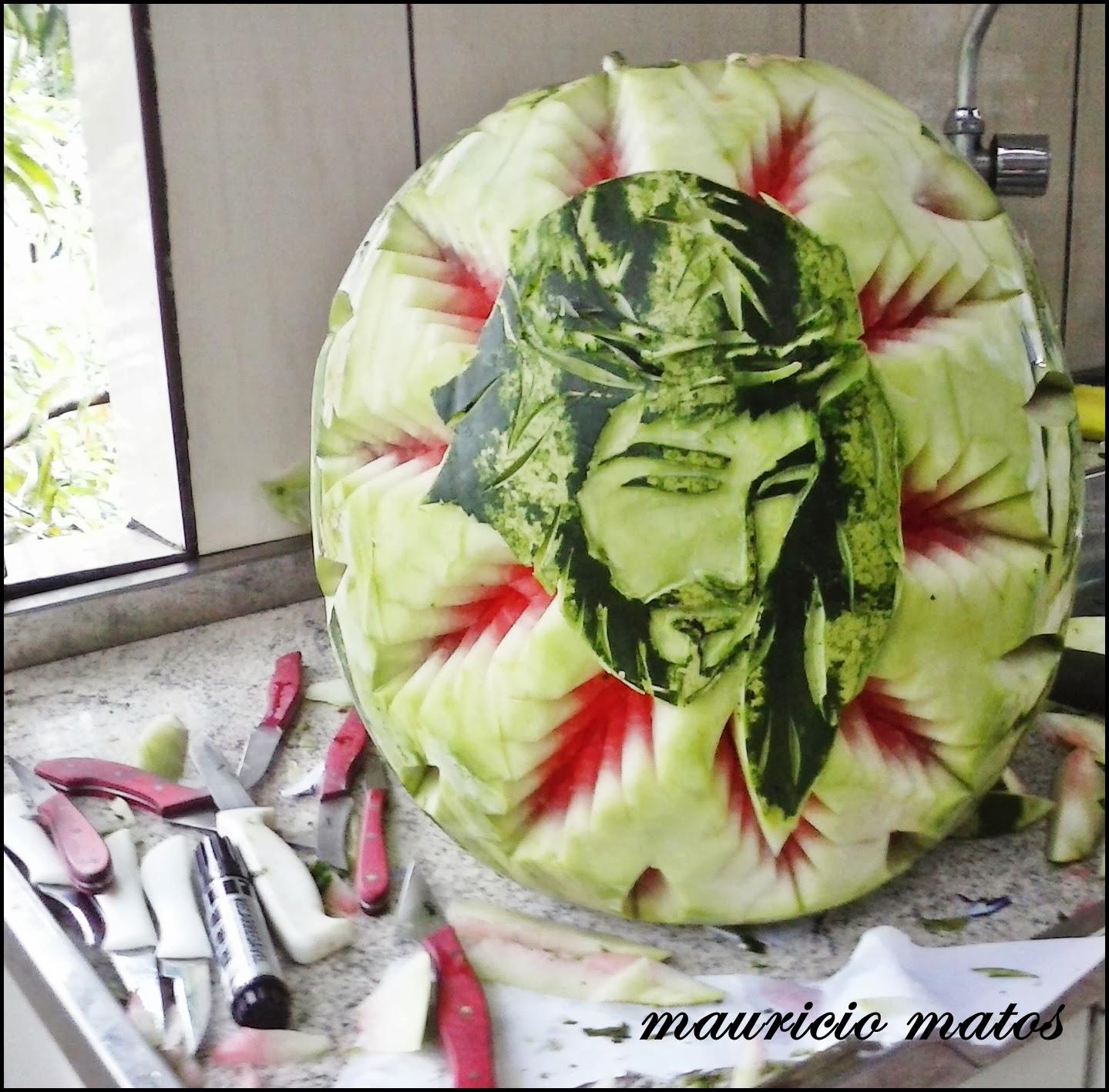 Populares Maurício Matos - Arte em Gastronomia: Rosto de Cristo na melancia  FI68