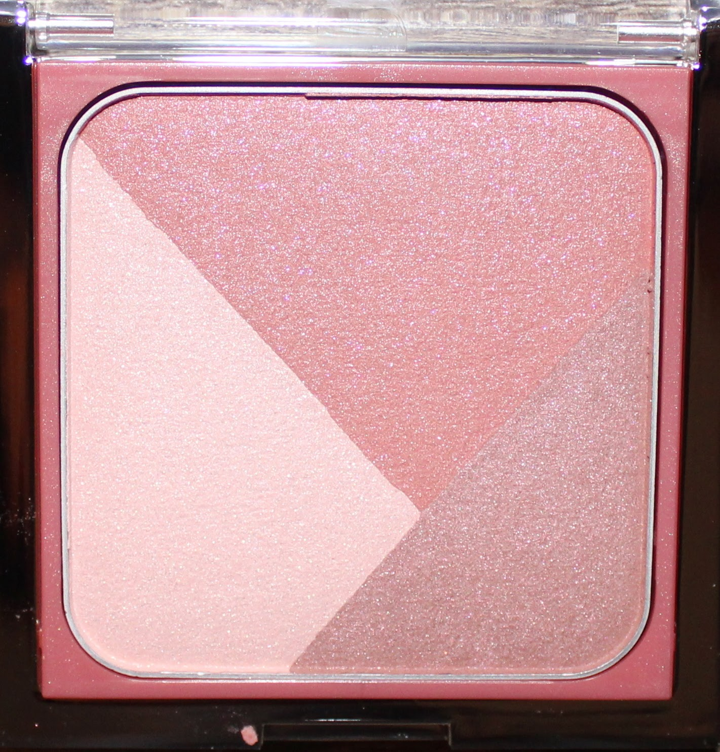 Clinique Sculptionary Cheek Contouring Palette in Defining Roses