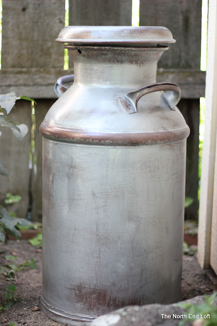 Spray Painting In Sealed Container