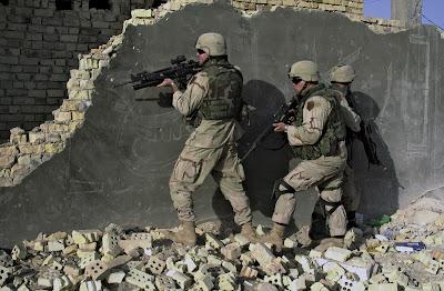 http://3.bp.blogspot.com/-zkE0gSO1WgU/TkQA4_zeWUI/AAAAAAAACxY/ovMxoY64F-Y/s1600/Iraq+war.jpg