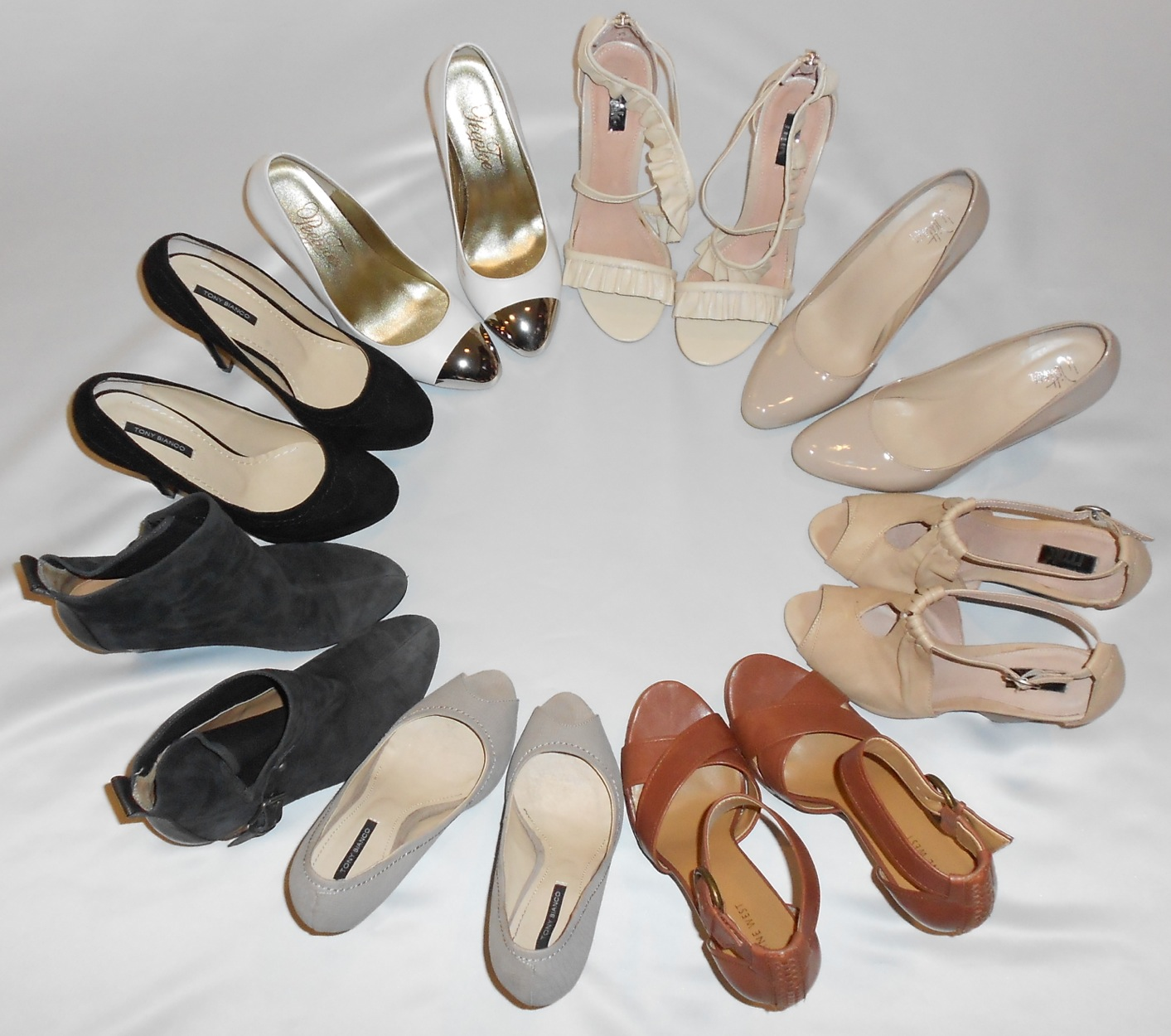 Does the shoe fit how to wear neutral heels for What does taupe mean