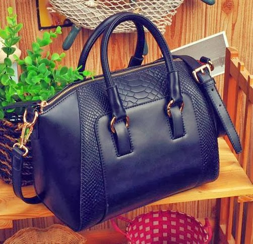 http://www.aliexpress.com/item/Free-shipping-autumn-and-winter-women-s-crocodile-pattern-handbag-fashion-vintage-lady-and-women-s/1640819254.html