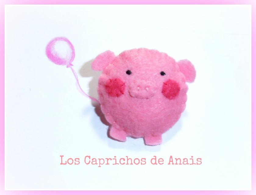 """Broche de fieltro cerdito rosa """"Minipig"""""""