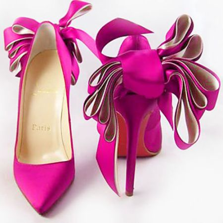 Christian Louboutin Special Occasion fucsia
