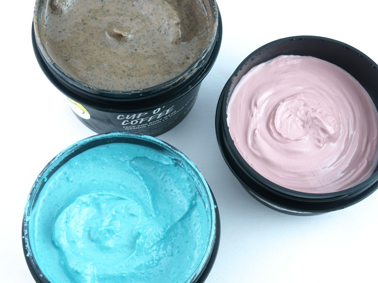 Dont look at me lush face mask review - The Fresh Face Masks From Lush Are Available In Recyclable Black Plastic Tubs Of A Few Different Sizes Depending On The Ingredients The Mask May Or May