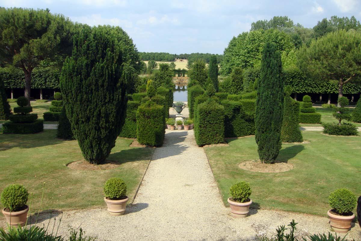 bon sens et d raison un jardin baroque. Black Bedroom Furniture Sets. Home Design Ideas