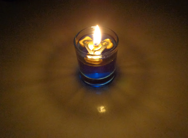 table candle blue