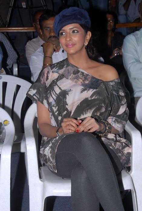 lakshmi manchu at ekaveera platinum disc event