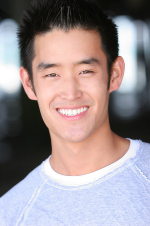 Mike Moh earned a  million dollar salary - leaving the net worth at 1 million in 2018