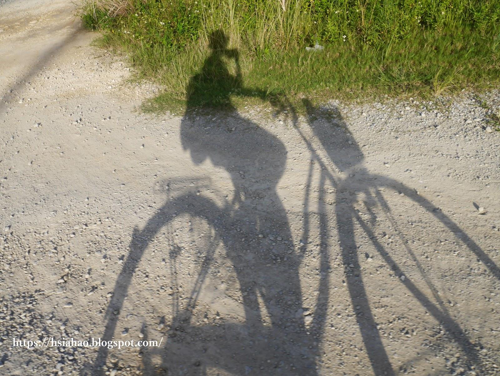 沖繩-景點-殘波岬-騎腳踏車-自由行-旅遊-Okinawa-Zanpa-bicycle